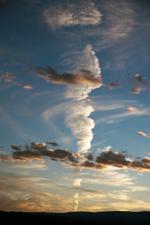 LOCAL EIGHT: Laurie Tümer – Cloud No. 8716